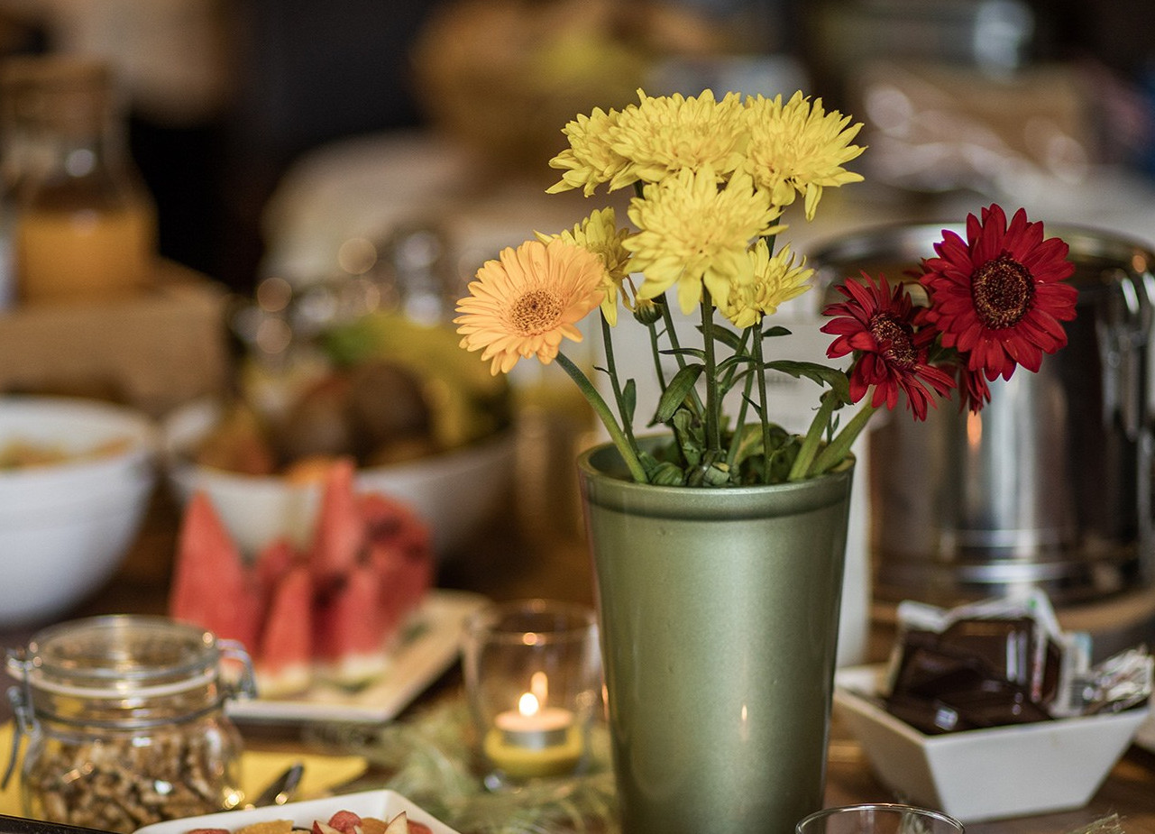 Blumendekoration im Gasthaus Obermayr