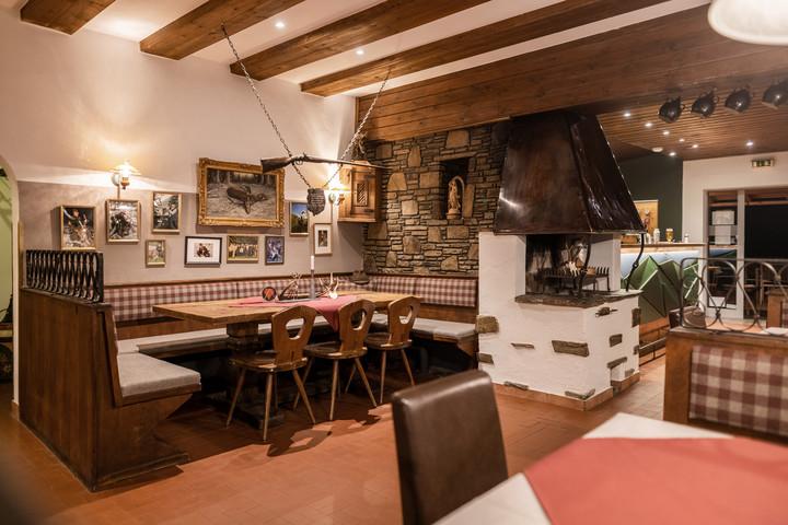 Gemütliche Bauernstube im Gasthaus Obermayr in Ebenau