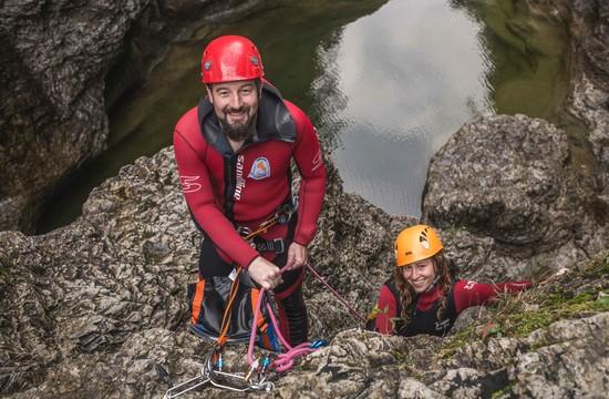 Max Obermayr beim Führen der Canyoning-Touren im Salzkammergut