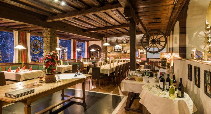 Ein gedeckter Tisch im Gasthaus Obermayr