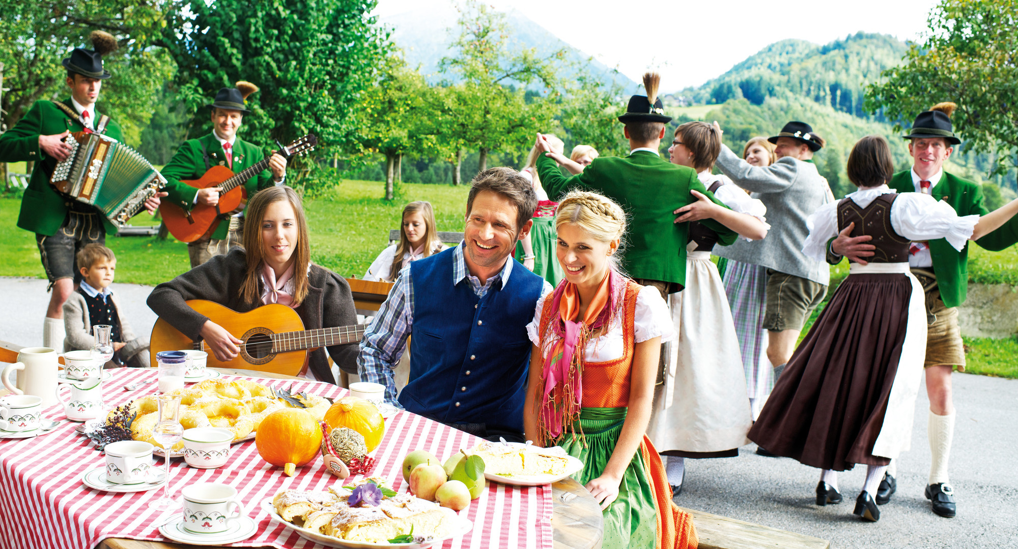 Ein Volksfest beim Urlaub im Salzkammergut