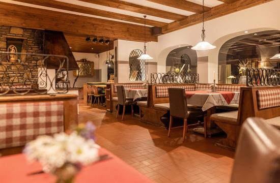 Gemütliche Gaststube im Gasthaus Obermayr in Ebenau (Fuschlseeregion)