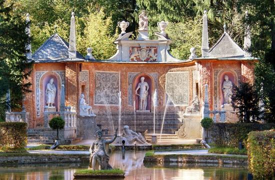 Die Hellbrunner Wasserspiele im Urlaub in der Stadt Salzburg